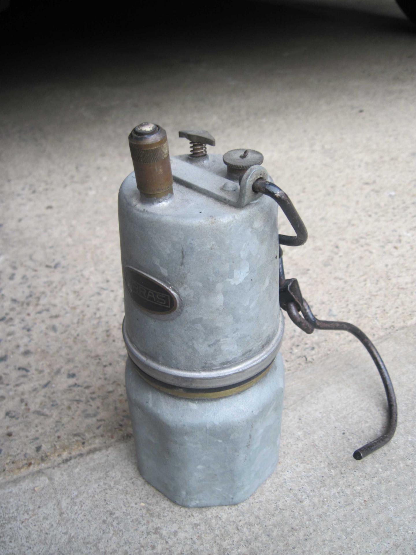 Lampe acetylene carbure